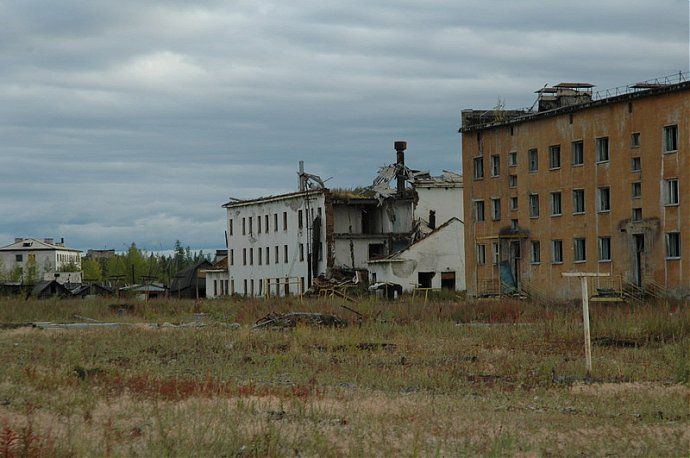 Russian dead town - stays abandoned 31