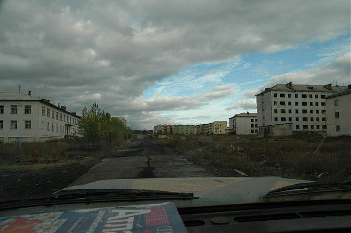 Russian dead town - stays abandoned 32