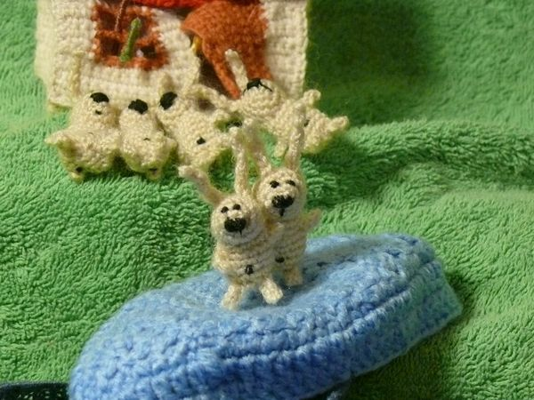 Russian knitted hares 23