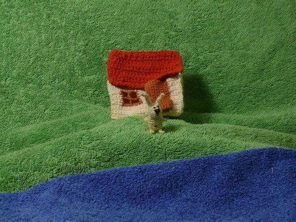 Russian knitted hares 5