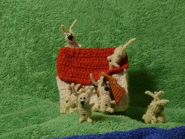 Russian knitted hares 8