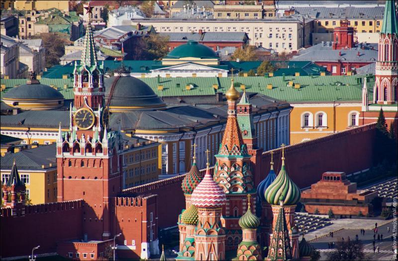 Kotelnicheskaya Embankment 18