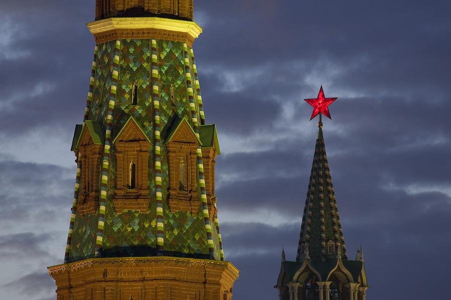 Kremlin Stars 13