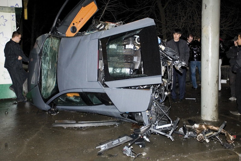 Lamborghini in Russia, crashed in Moscow 20