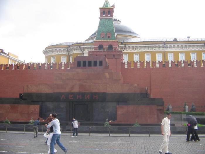 lenin\'s mausoleum 21