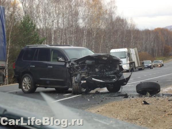 Lexus crash in Russia 5