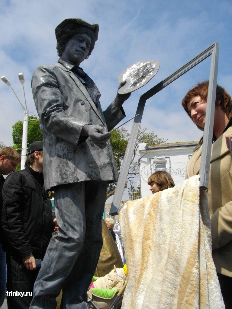 Russian Live Statues 8