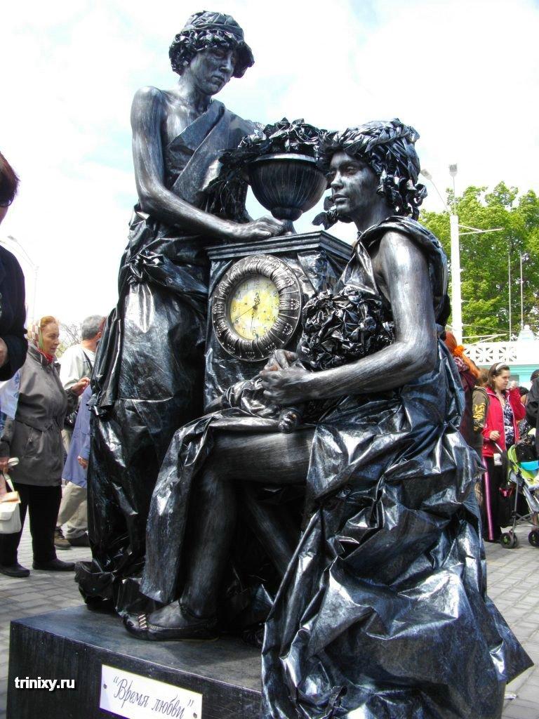 Russian Live Statues 9