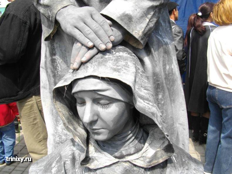 Russian Live Statues 12