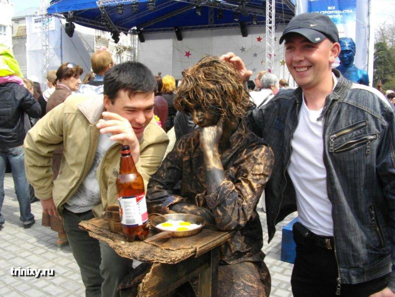 Russian Live Statues 21