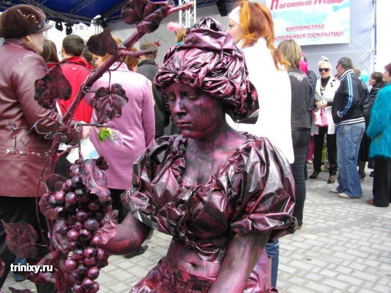 Russian Live Statues 26