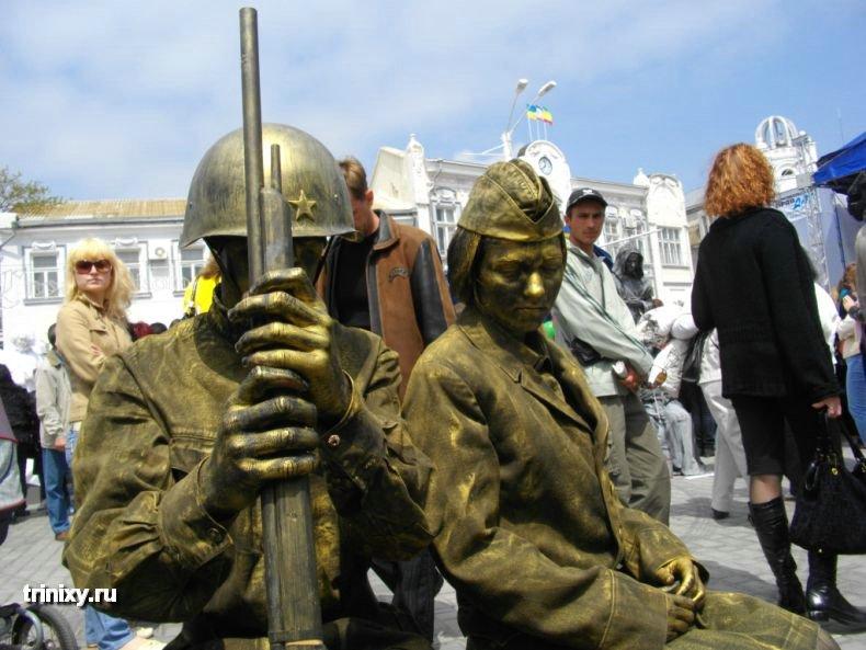 Russian Live Statues 27