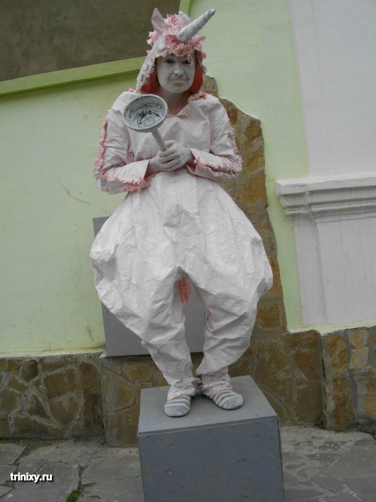 Russian Live Statues 37