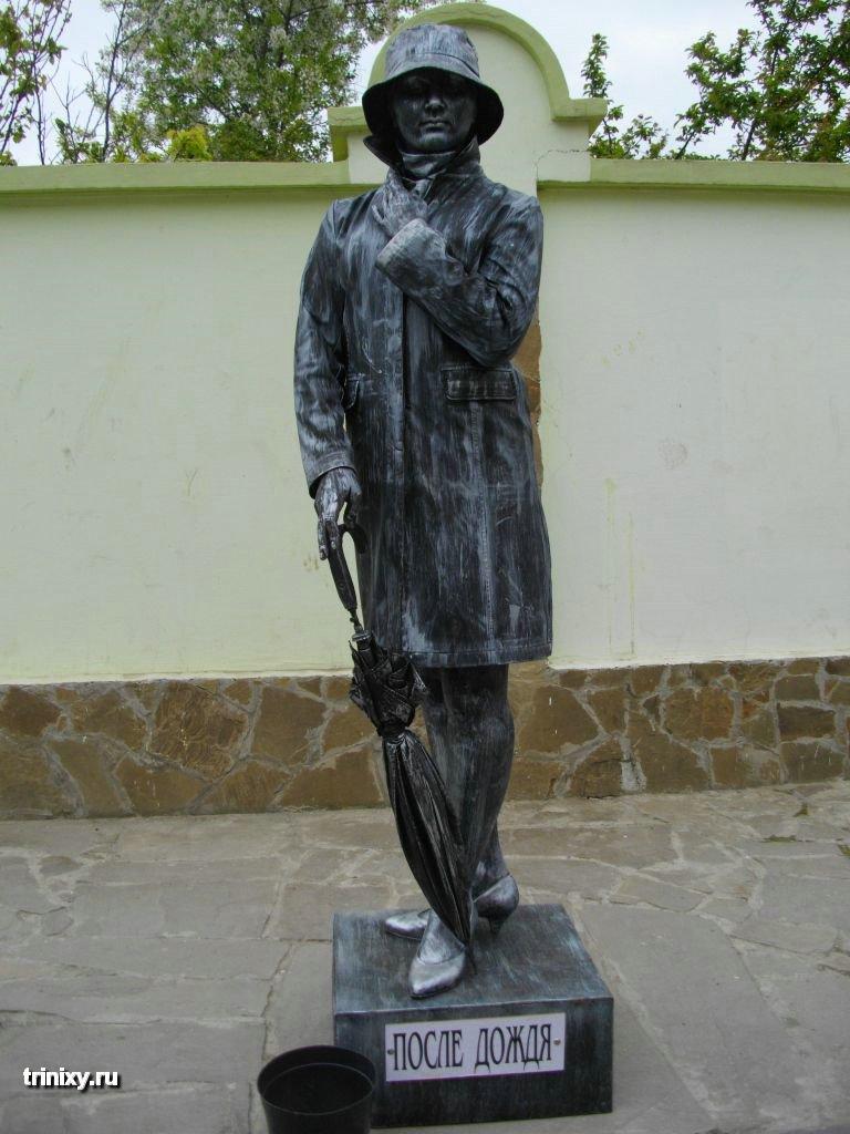 Russian Live Statues 39