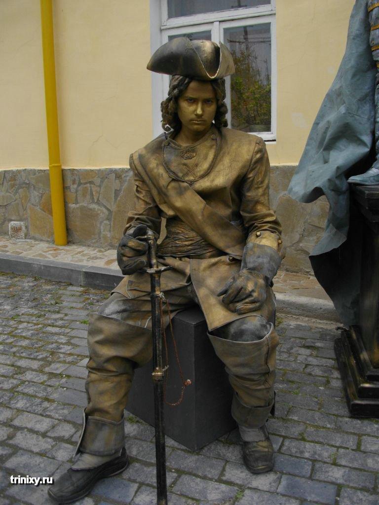 Russian Live Statues 43