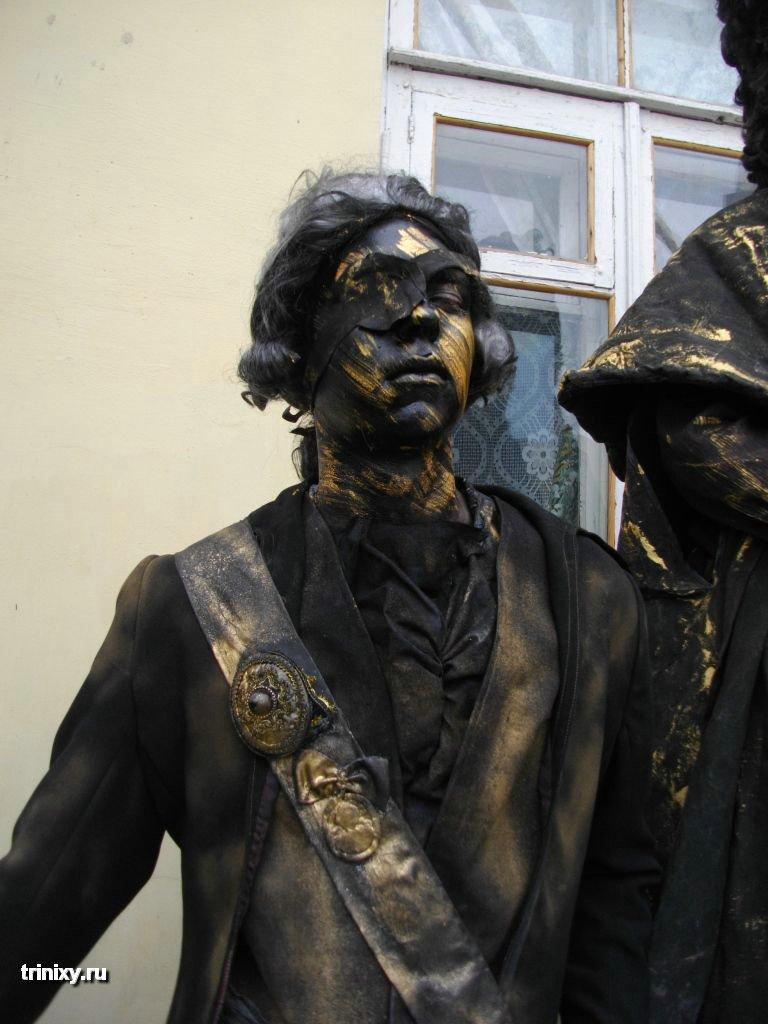 Russian Live Statues 51