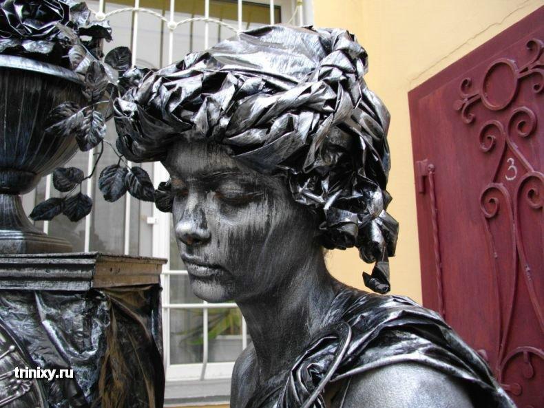 Russian Live Statues 56