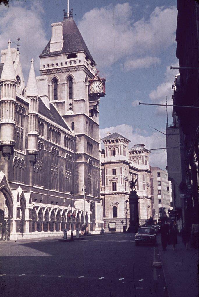 London 1970 23