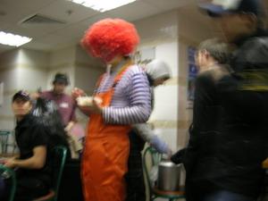 clown ronald in russian t-shirt