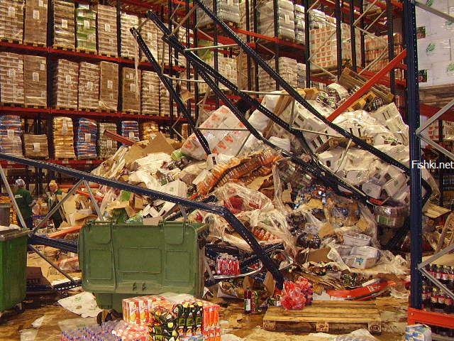 mess in Russian super mart 9