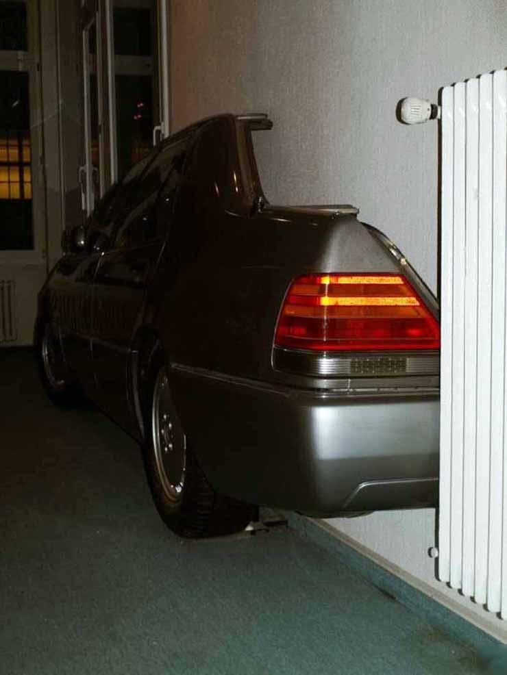 Mercedes in the flat in Russia 5