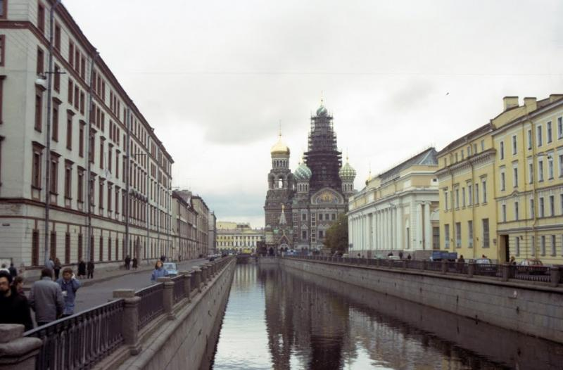 Moscow And Leningrad in 1990 13