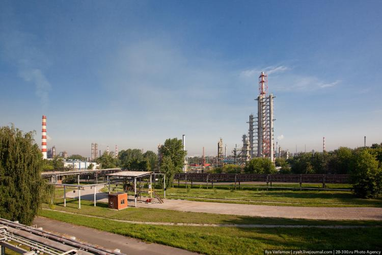 Refinery in Moscow 17