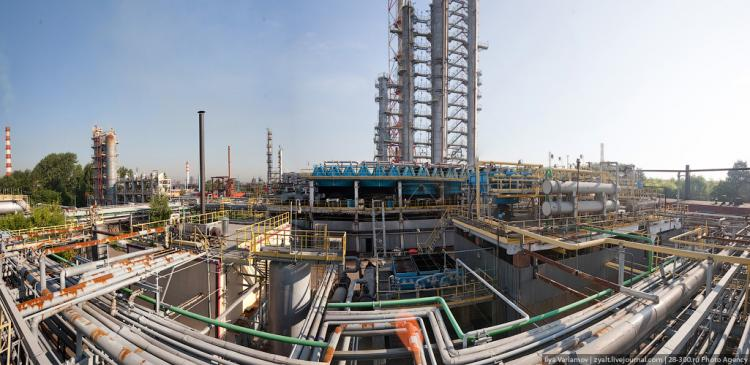 Refinery in Moscow 18