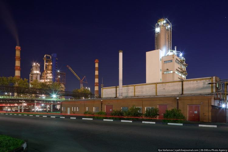 Refinery in Moscow 35