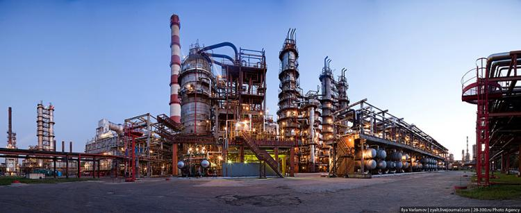 Refinery in Moscow 44