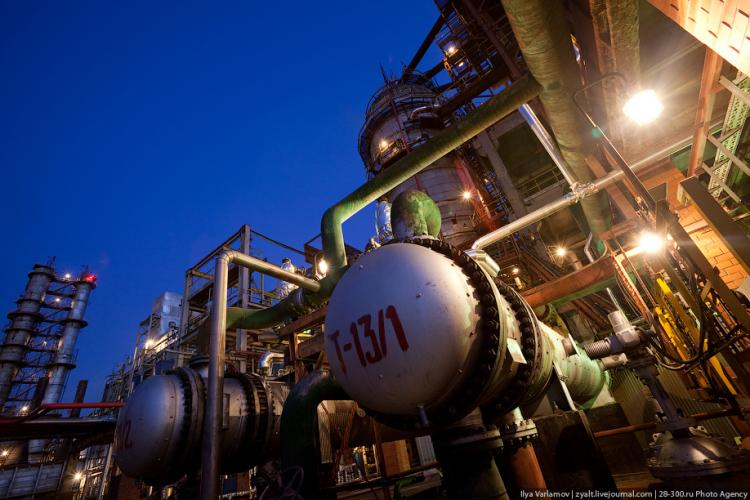 Refinery in Moscow 49