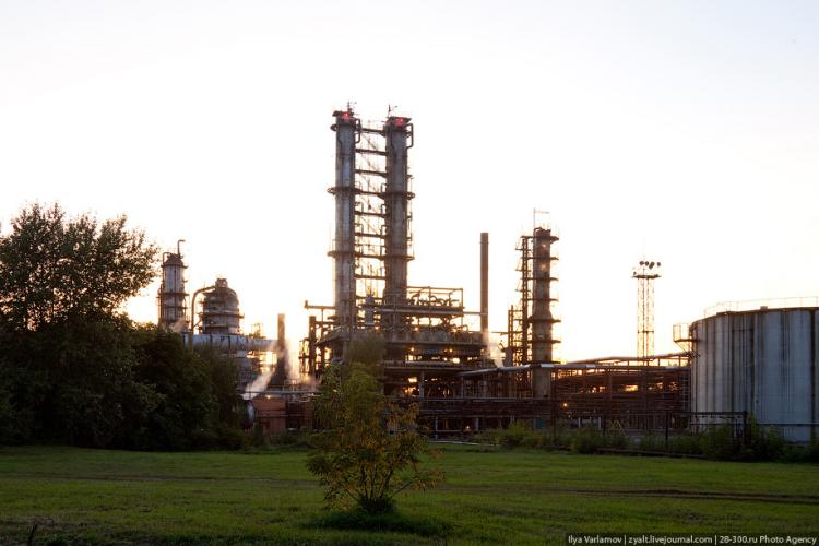 Refinery in Moscow 57