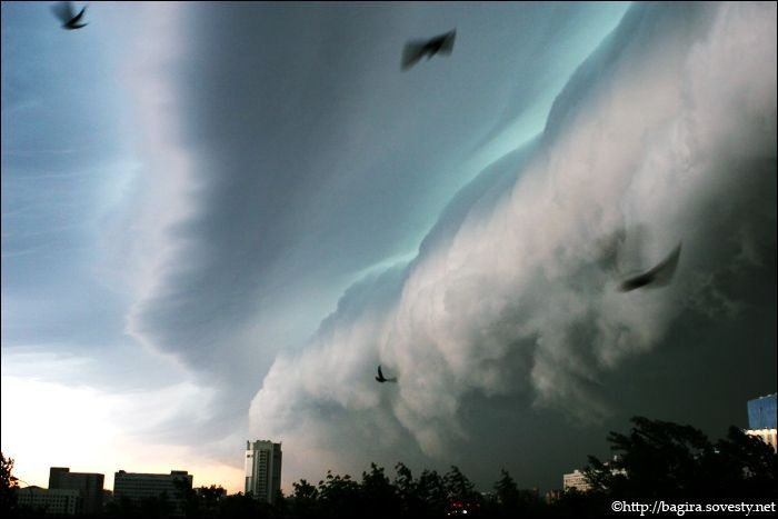 a storm cloud in Moscow 1