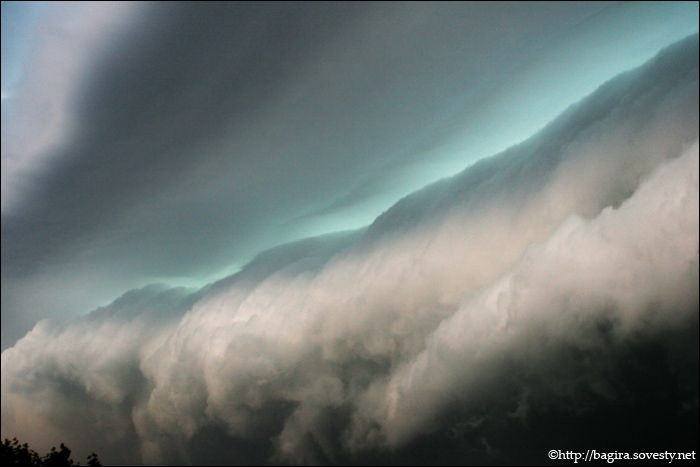 a storm cloud in Moscow 6