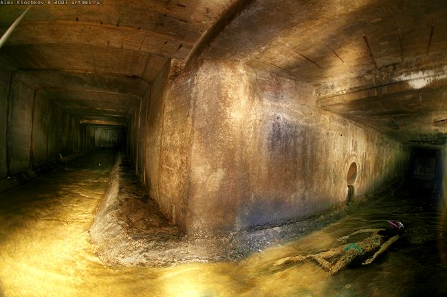 tunnels under Moscow in HDR 1