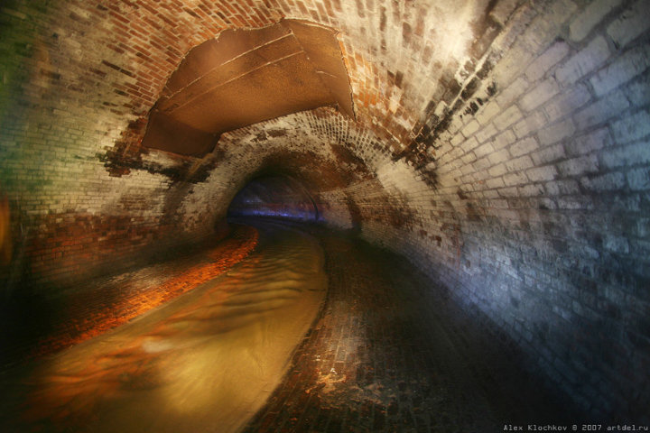 tunnels under Moscow in HDR 16