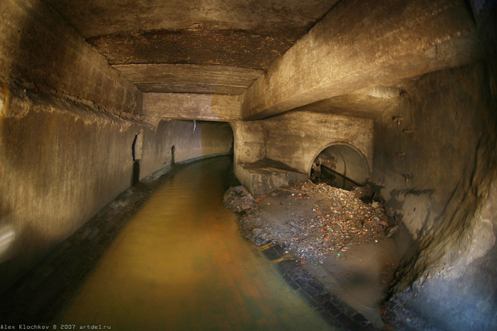 tunnels under Moscow in HDR 6