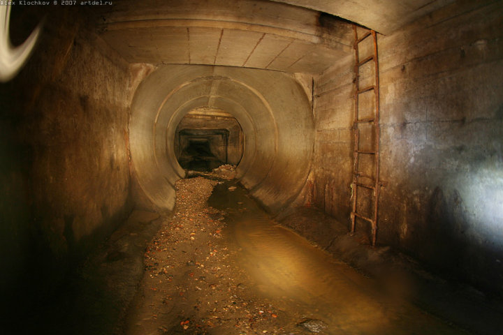 tunnels under Moscow in HDR 9