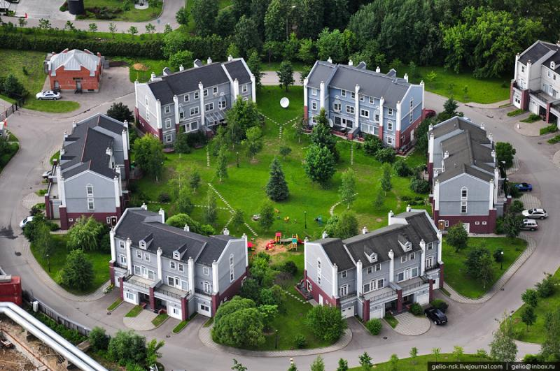 Moscow\'s Outskirts And Their Residential Compounds 13