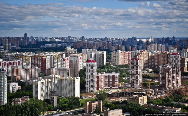 Moscow\'s Outskirts And Their Residential Compounds 17