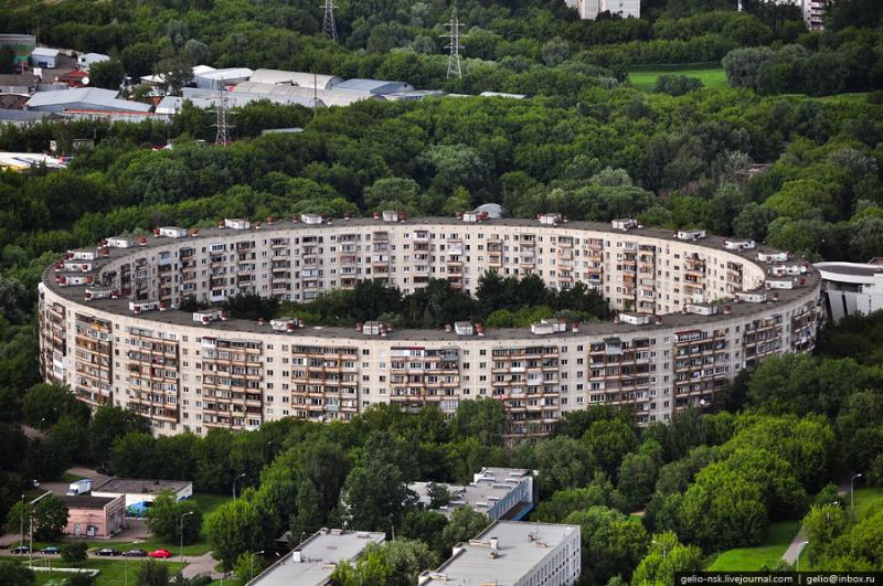 Moscow\'s Outskirts And Their Residential Compounds 21