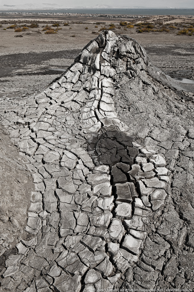 Mud Volcanoes Azerbaijann  2