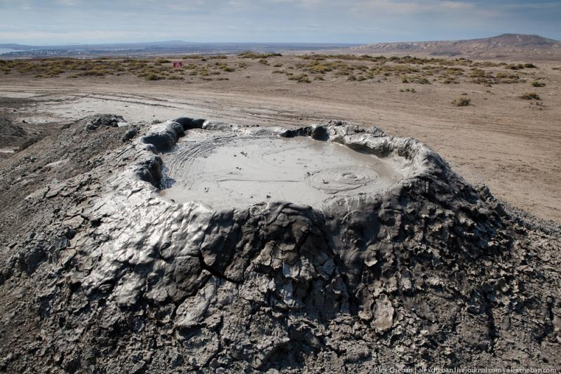 Mud Volcanoes Azerbaijann  5
