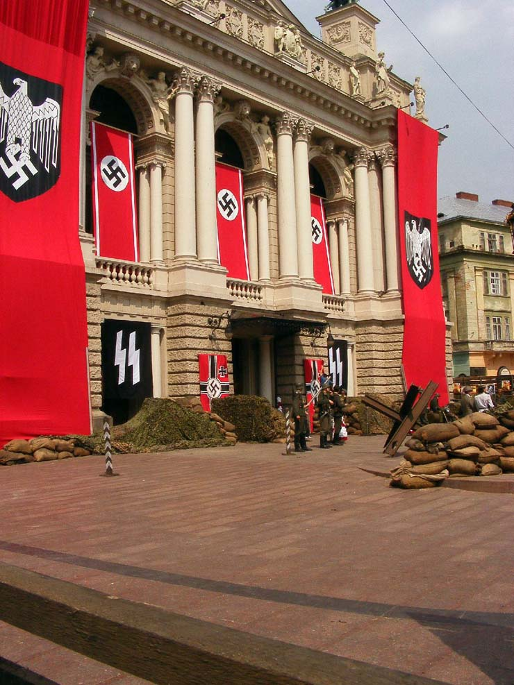 Nazi Flags in Kharkov 29