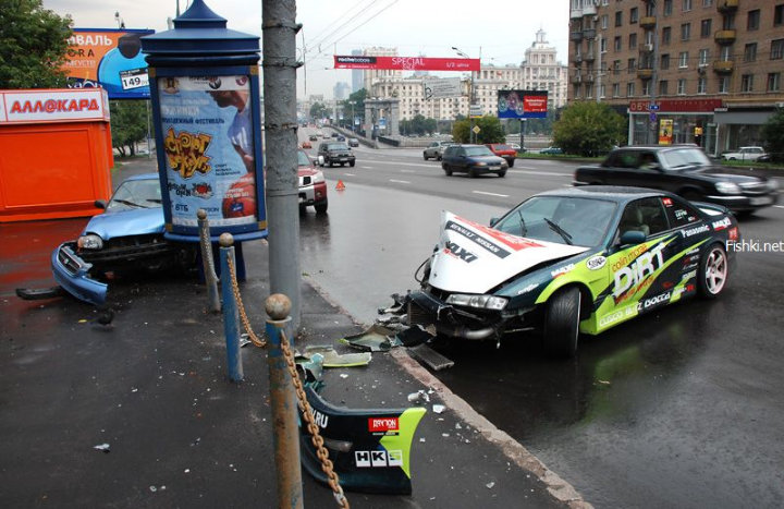 street racing accident in the Moscow streets 3