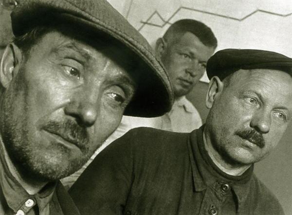 Bienestar de los niños Sovieticos ( época de Stalin ) 0_47df1_9857666_XL