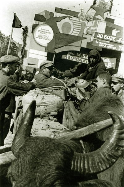 Bienestar de los niños Sovieticos ( época de Stalin ) 0_47e16_3a75716e_XL