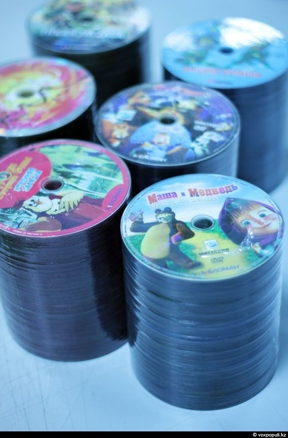 Do You Know How DVDs Are Made?