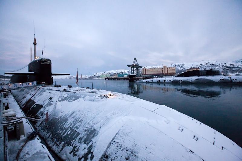 база лодок северный