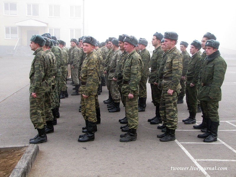 Serving in a Russian Army: Man Is Visiting the Soldiers [23 photos]